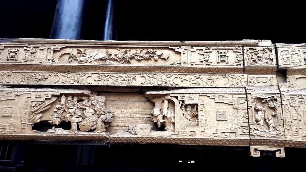 仙市古戏台上的木雕  
