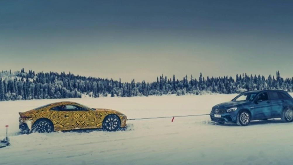 画面很美 阿斯顿马丁Vantage V8测试谍照  ?