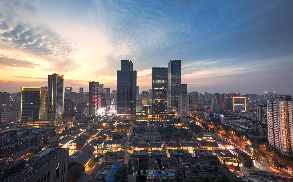 成都和南京,西南天府之国遇上江南六朝古都究竟谁强