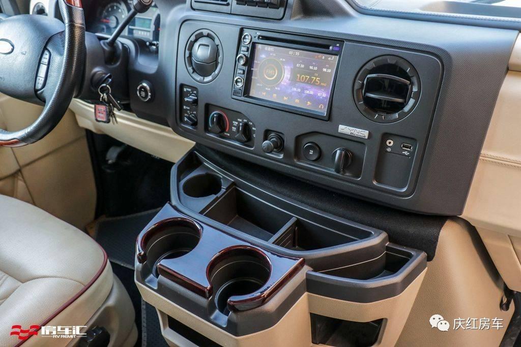 福特E350游艇版来了!那些自称豪华的MPV,都歇了吧!