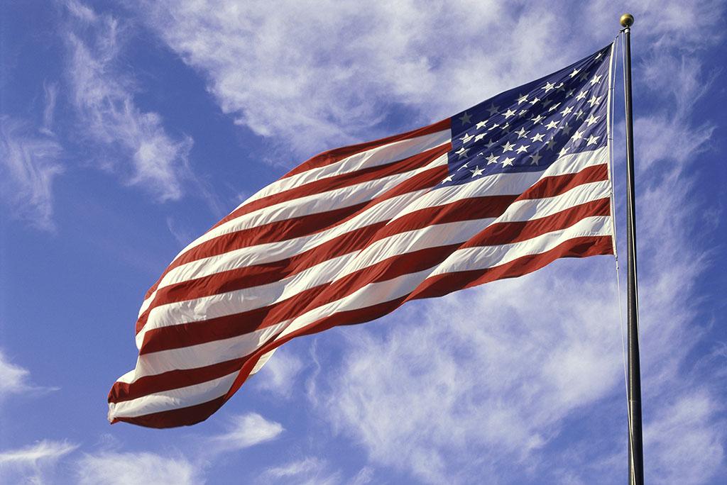 【qq大盗】经济大盗遭惩罚!被美国狂剪后,这个国家代表世界正式粉碎美元!