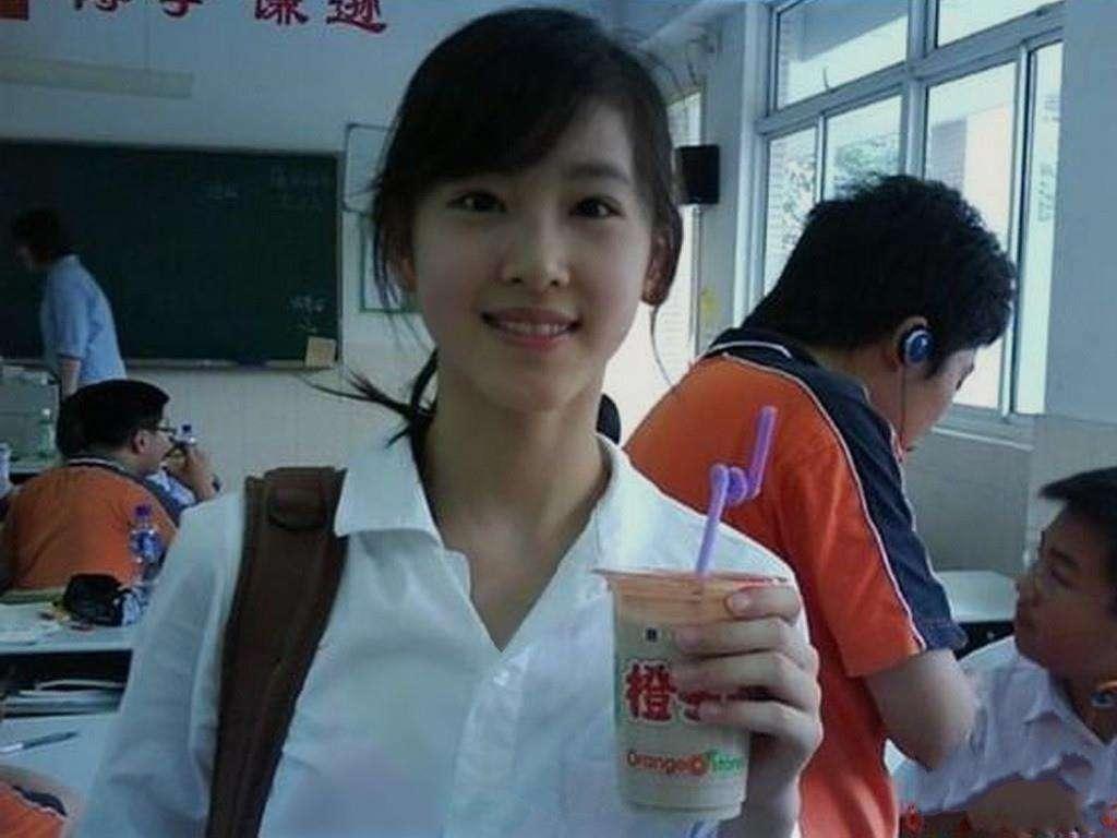 刘强东老婆章泽天素颜对比太惊人