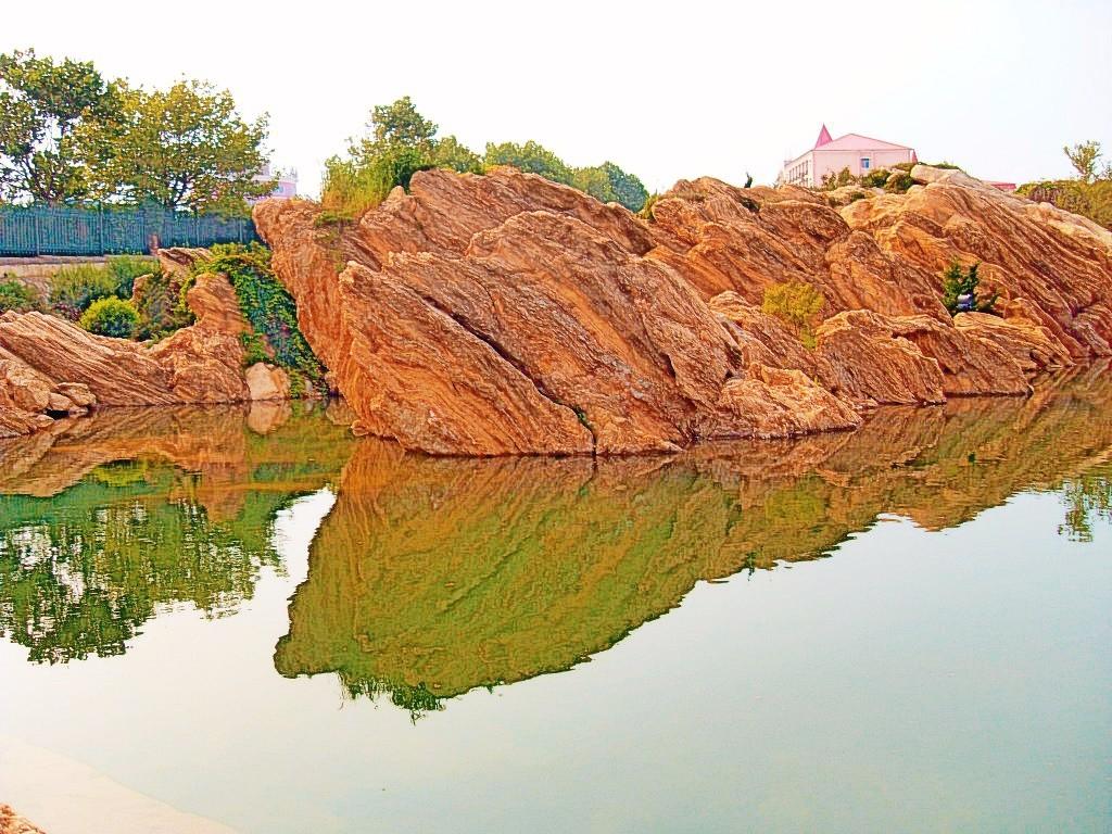 南京金色园石头的高中让你耳目一新2014金石大连中华2+5招生简章图片