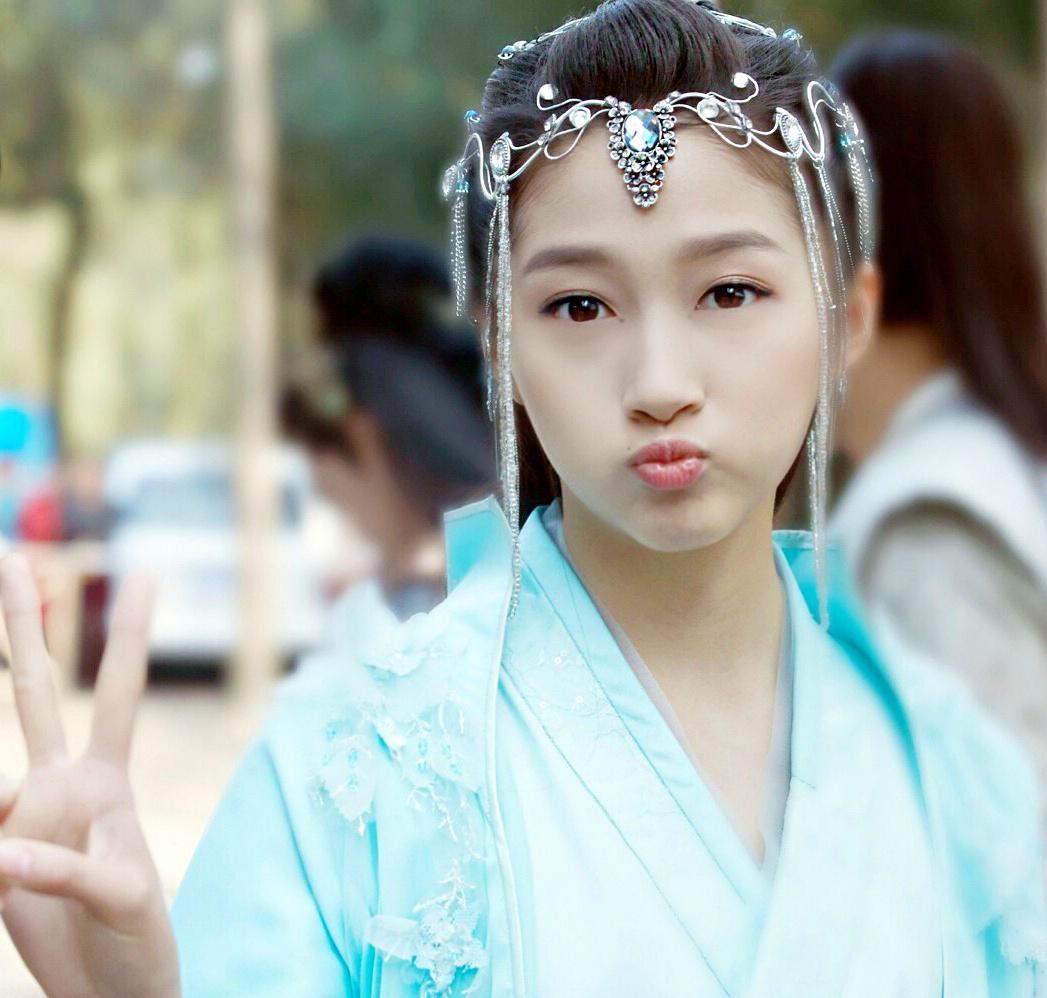 身高160以上的女明星,张柏芝清纯,赵丽颖可爱,她最幸福