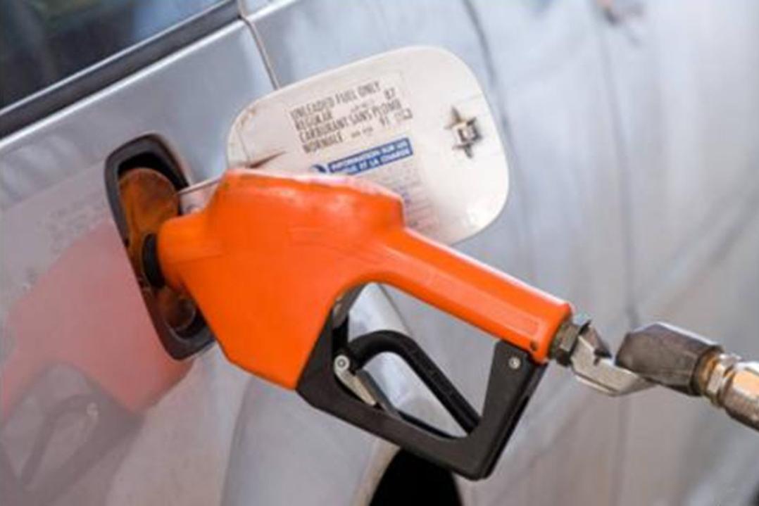 如果把92号和95号汽油混加,汽车发动机会变成怎样?