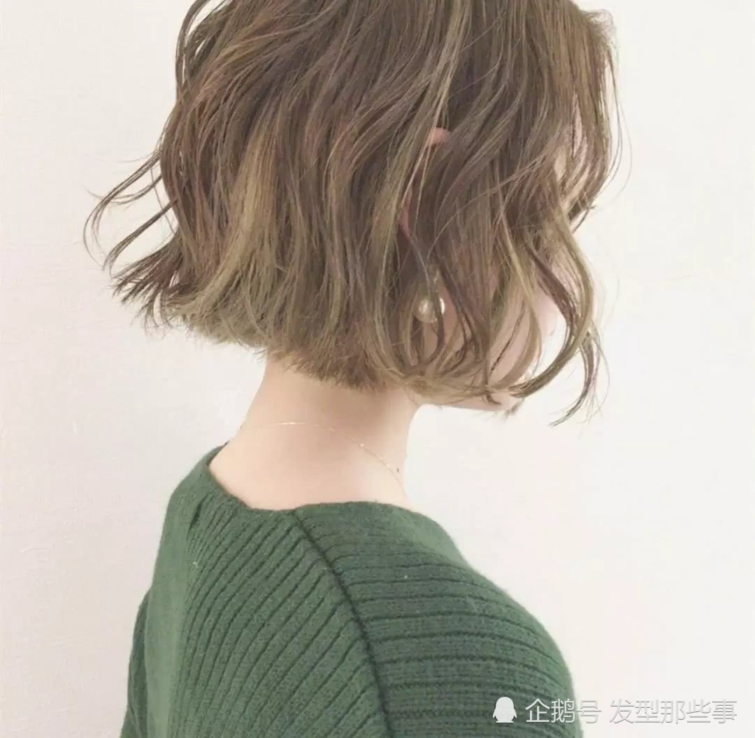 """2018最新流行发型""""齐脸卷"""",短发就应该是这样的图片"""