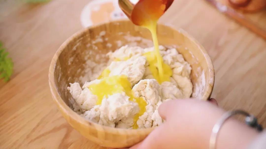 手抓饼胚以后可以自己做,在家分分钟做出超豪华的手抓饼
