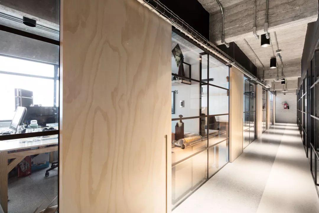 办公空间:工业风loft办公室,让你工作也随心图片