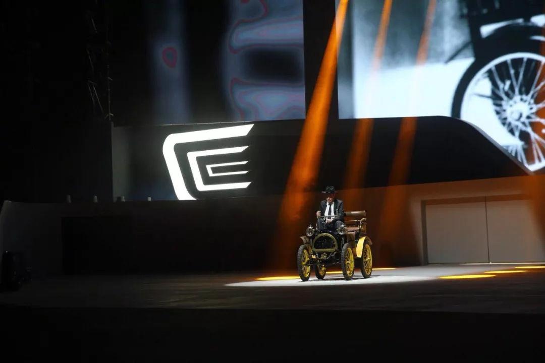 120岁的雷诺与4年的东风雷诺,今天再一次走到了人类群星闪耀时刻