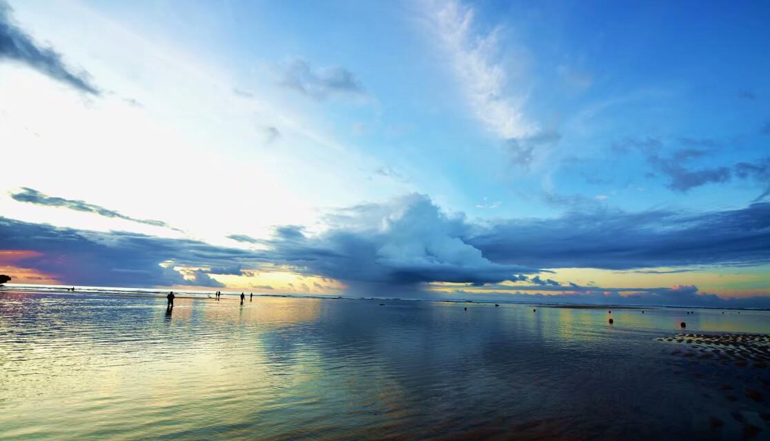 《巴厘岛的曰落》拍摄于巴厘岛!