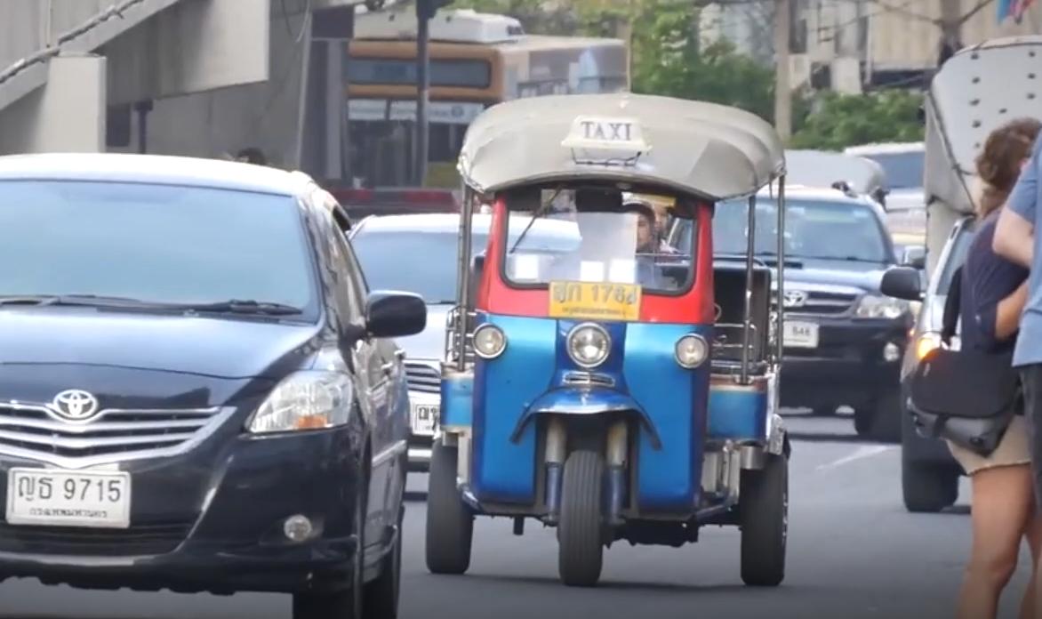《李楠说道》出租车变革 纽约黄面的归来 泰国三蹦子满街