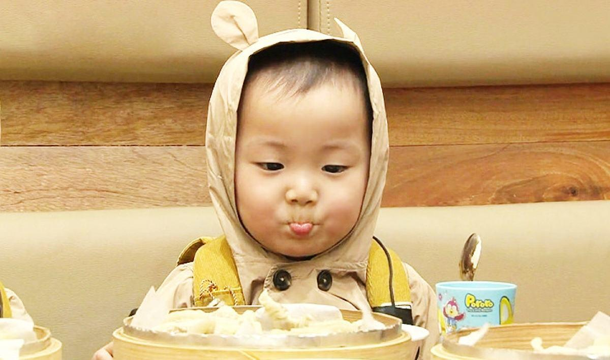 你最爱的表情包韩国宋家三胞胎近照!民国感觉还是那么可爱!