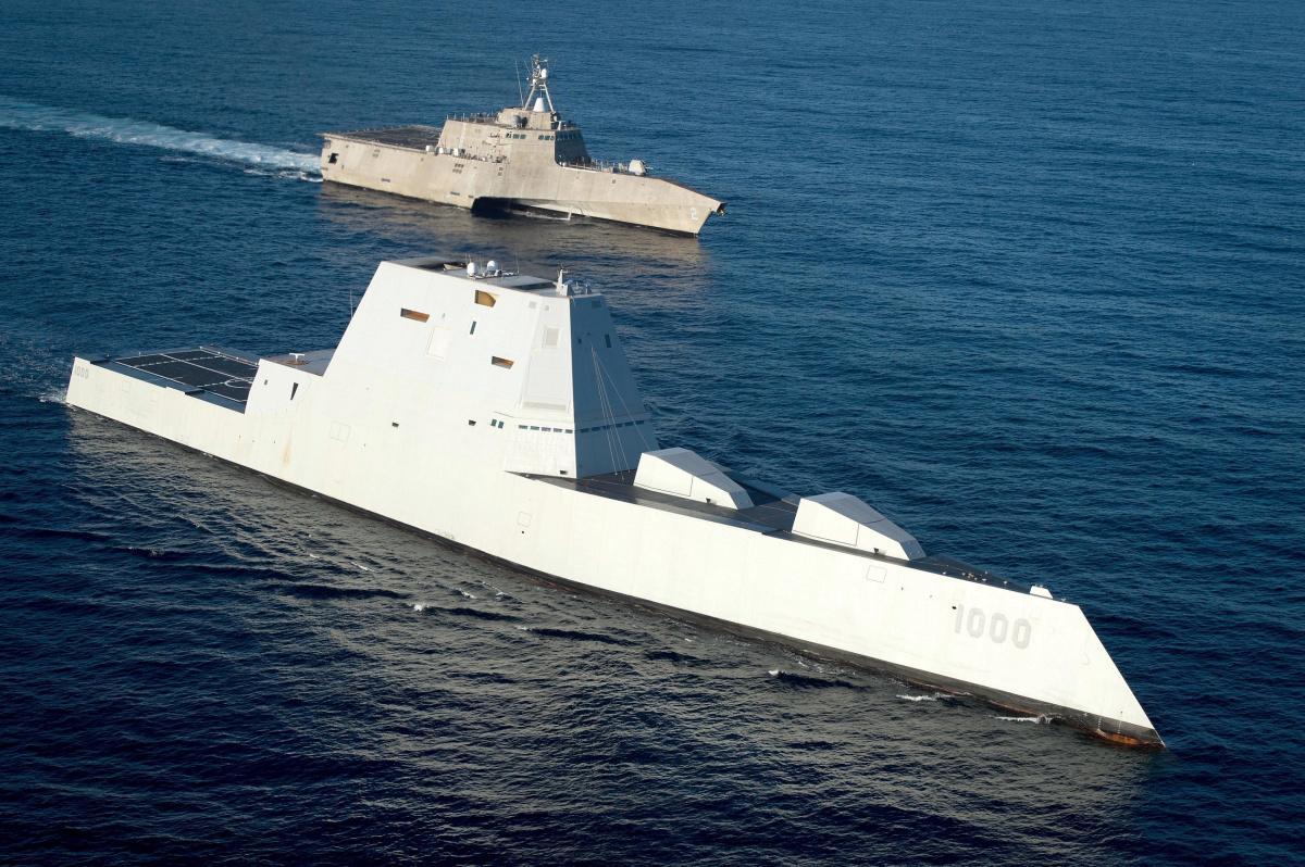 美国海军隐形驱逐舰升级改造,加装智能反舰导弹,性能领先中俄