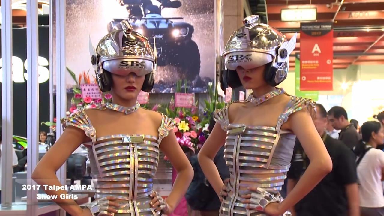 2017台北汽车零配件展:那些性感车模的创意摆拍,真可爱