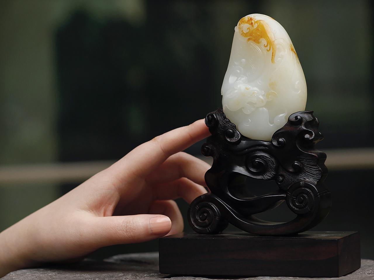美玉如斯:啸龙鸣凤玉雕赏析