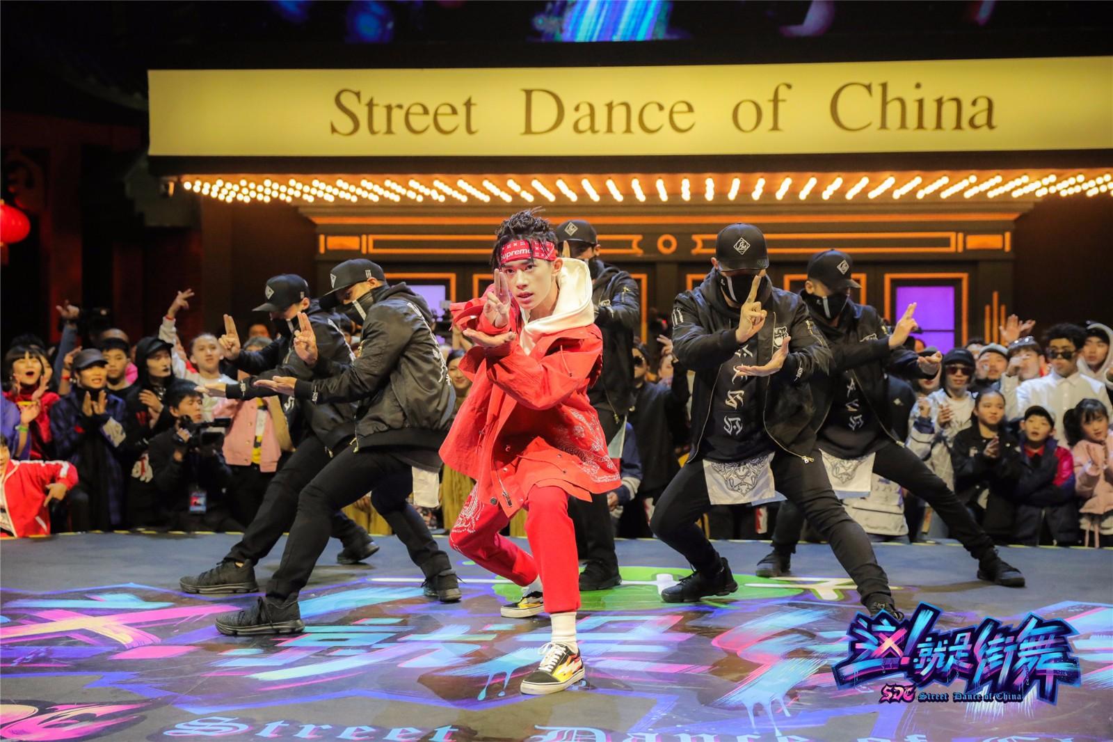 《这就是街舞》今晚8点开播 史上最残酷赛制逼疯明星队长