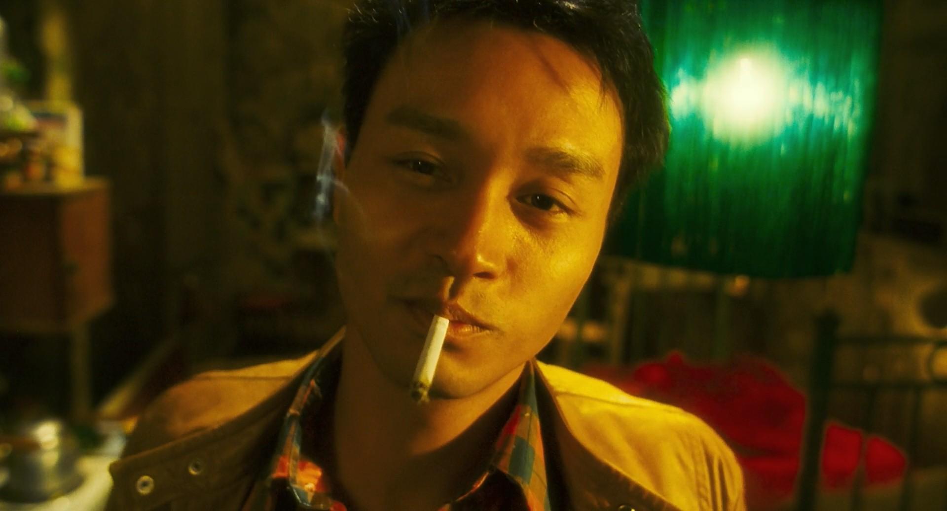 香港电影中的8个经典抽烟镜头,第一名万千网友拿来做