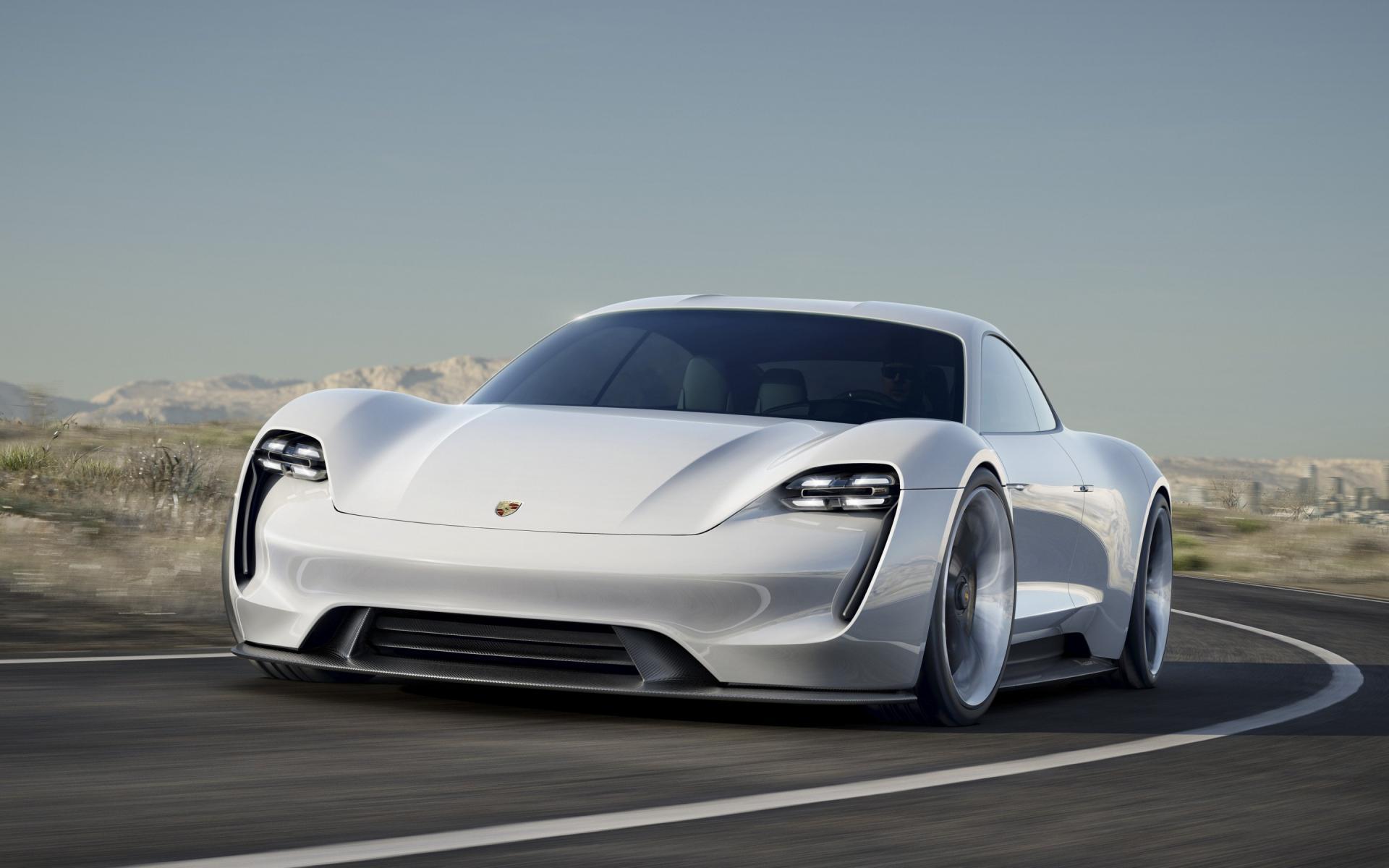 保时捷:Missioin E 充电速度将会是特斯拉的两倍