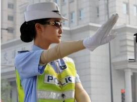 交警提示:即日起将新添一种交通标线,不知道的小心扣3分罚100!