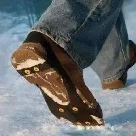 【服务】穿什么样的鞋最<em>防滑</em>?你不知道的<em>防滑</em>秘籍来了!