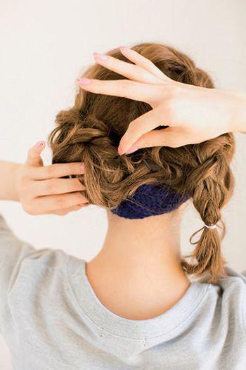 2款女生好看的盘发发型图解!