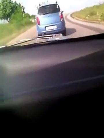 视频:国外高速上,雪佛兰赛欧与奇瑞A1较劲,结果被秒杀了