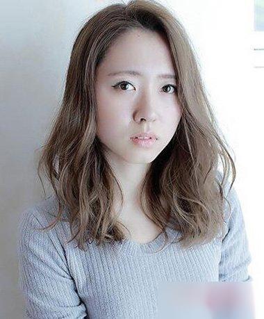 13款胖妹妹最适合的好看发型!
