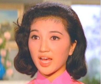 记得当年的瑛姑吗?她曾是香港公主,豪门阔太拍戏只为过瘾!