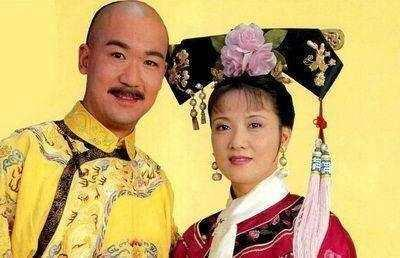 张国立为邓婕补办婚礼,穿上婚纱的邓婕好美,网友却说遗憾