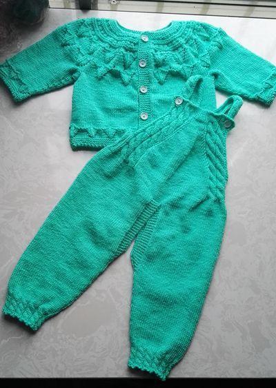 简单实用的手工编织宝宝背带裤套装!