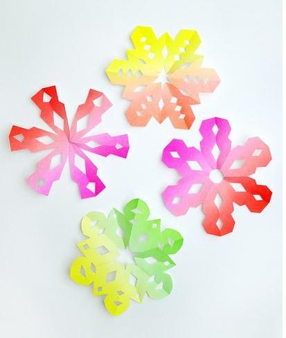 小朋友简单易学的diy手工制作之剪纸窗花及兔子纸灯