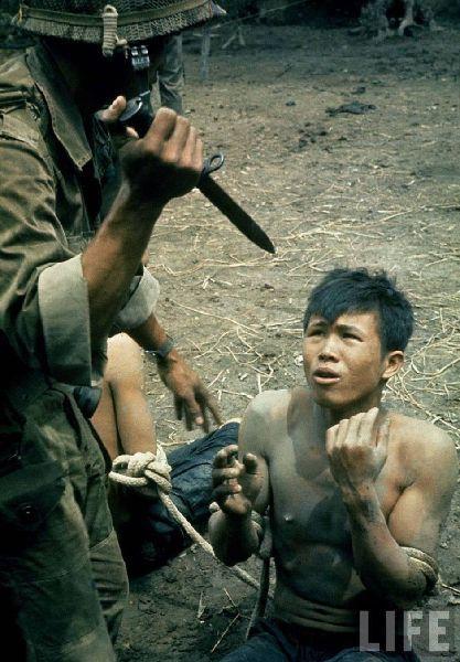 震撼人心的越战老照片,看到最后一张觉得战争太残忍