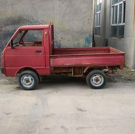 这款天津大发汽车满满的回忆,80年代末有钱人家的座驾