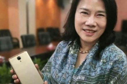 囧哥:董明珠抱怨人们想和她合影却不用格力手机