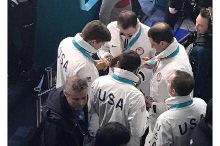 囧哥:美国男冰壶队领女子金牌