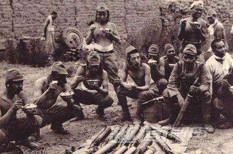 群众用棍棒活活打死10000名日本俘虏!日军在这里做了什么?
