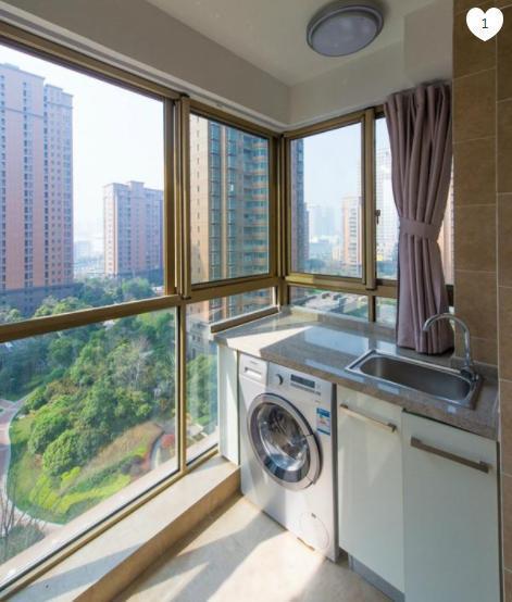 阳台上如何把洗衣机装修进去?