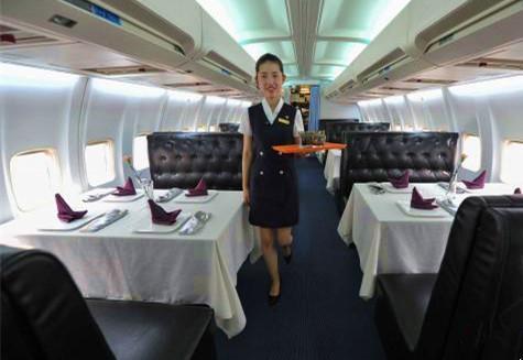 中国首家飞机主题餐厅:3500万改造真飞机,人均消费300元