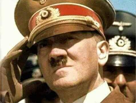 躲了七十年了,我累了!120岁老人宣称自己就是希特勒!