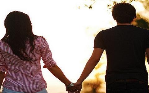 丈夫生病丧失生理功能,妻子得知当天就搬走,丈夫:必须归还彩礼