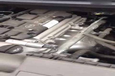 视频:五菱荣光V冷车启动漏气声音
