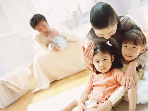 初中生语法v语法:写篇现代诗《你还在我身旁》初中生家庭图片