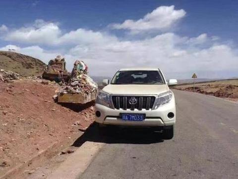 去西藏自驾游最好开什么车?