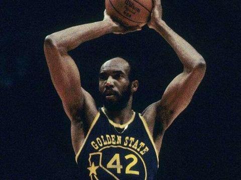 NBA四个四双怪物:本世纪还没人做到,最近几年也别期望有人做
