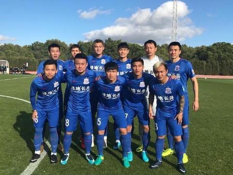 一场热身赛看出中国足球与欧洲足球差距,球迷:这次不能赖裁判了