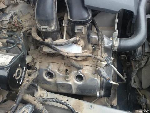 傲虎火花塞高压线全是机油, 意外发现这款发动机技术真是落后