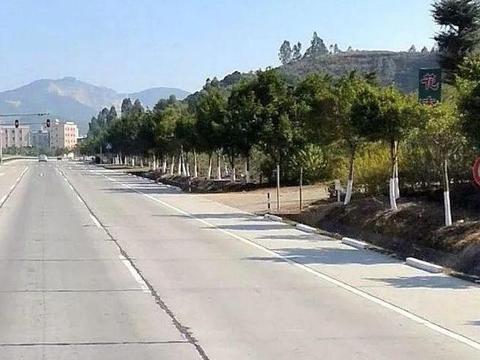 真的是可乐乌龙: 惠南大道限速还是保持80公里