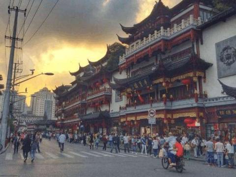 """10万日本人定居在中国这地方, 网友: 感觉被""""侵占""""了"""