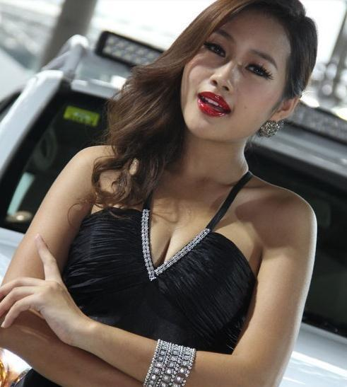 丰田丰巢WAY概念车SUV,这款车外国人看了头疼中国人忍不住点赞!