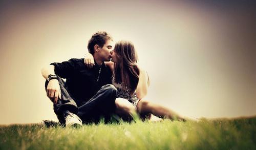 经常找不同男生聊天的女生,都抱着的心态狮子座的男人好a男生图片